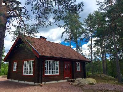Lakeside l cabin near Vimmerby